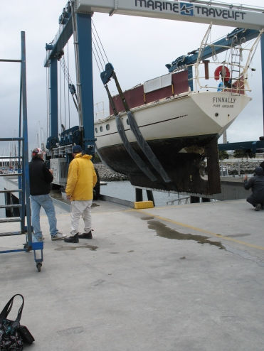 Finnally coming in to dry dock for hull scrape and repaint